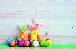 Paashazen en eieren Stock Foto