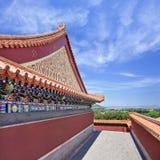Pabellón adornado en el palacio de verano, Pekín, China Foto de archivo