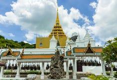 Pabellón de Bell en templo tailandés Imágenes de archivo libres de regalías