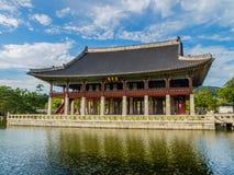Pabellón de Gyeonghoeru Fotos de archivo libres de regalías