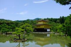 Pabellón de oro en Kyoto foto de archivo libre de regalías