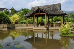 Pabellón del jardín del chino tradicional Fotografía de archivo libre de regalías