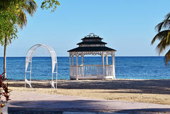 Pabellón en la playa Foto de archivo
