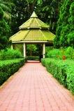 Pabellón en un jardín Fotos de archivo libres de regalías