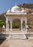 Pabellón hindú de mármol blanco de la cremación foto de archivo libre de regalías