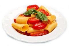 Paccheri用西红柿酱 库存图片