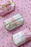 Pacchetti abbastanza rosa Fotografia Stock