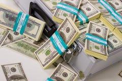 Pacchetti dei dollari fotografie stock libere da diritti