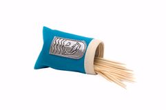 Pacchetto con i toothpicks immagine stock