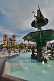 Pachacuti statyspringbrunn armas de plaza Cusco peru Royaltyfri Foto