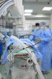 Paciente en sala de operaciones de las radiografías Foto de archivo