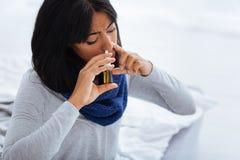 Paciente entusiástico que cura a gripe terrível Imagem de Stock