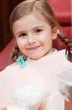 Paciente pequeno no dentista imagens de stock royalty free
