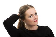 Paciente que sofre de câncer bonita da mulher da Idade Média antes de barbear o cabelo Fotografia de Stock Royalty Free