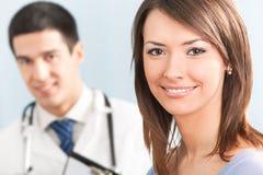 Paciente y doctor Fotografía de archivo libre de regalías