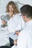 Paciente y su psiquiatra Fotografía de archivo