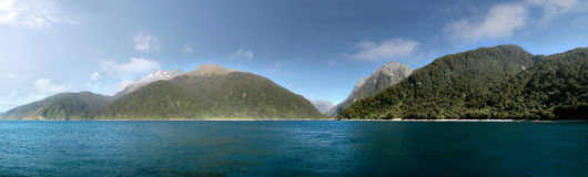 Pacific coast at the Milford Sound Stock Photo