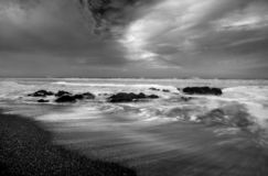 Pacific Ocean Surf. High surf along California`s Pacific Ocean Coastline near Cambria stock images