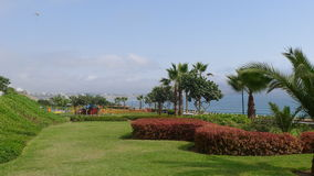 The Pacific Ocean from Yitzhak Rabin park in Miraflores Royalty Free Stock Images