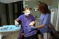 Pacjent przy dentystą Obraz Stock