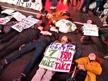 PACK, das wir noch sterben, unterstützt Protest NYC am 29. November 2017 Lizenzfreie Stockbilder