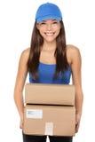 Packar för leveranspersonholding Royaltyfri Bild