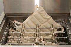 Packar Hydrocollator för fuktig värme, medicinsk utrustning arkivbilder