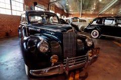 1941 Packard 180 Le Baron Bawjący się Brougham fotografia stock