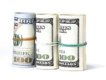 Packe av USA 100 dollar sedlar Arkivbild