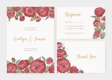 Packen av den eleganta gifta sig inbjudan, svarskort och tackar dig anmärkningsmallar som dekoreras av ursnyggt blommande engelsk stock illustrationer