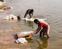 Packning i Varanasi Fotografering för Bildbyråer