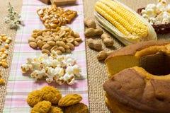 Pacoca, Pe de Moleque, Erdnuss, Popcorn, Plätzchen, Kuchen, Mais: Lebensmittel Lizenzfreies Stockfoto
