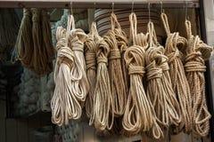 Pacote da corda de linho para a venda Fotos de Stock Royalty Free