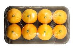 Pacote do mandarino isolado em um fundo branco com um trajeto de grampeamento Vista da parte superior foto de stock royalty free