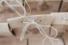 Pacote dobrado saco de papel de Brown Fotos de Stock Royalty Free
