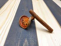 Pacote e canela Fotografia de Stock
