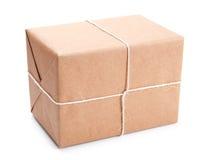 Pacote envolvido com papel de embalagem marrom Foto de Stock Royalty Free