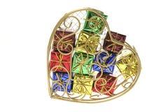 Pacotes do presente em caixa Heart-Shaped do metal imagem de stock royalty free