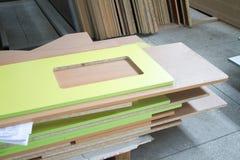 Paczka części particleboard w meblarskiej produkci Zdjęcie Royalty Free