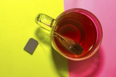 Paczka herbata w filiżance Obraz Stock