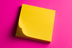 Pad of postit note paper Royalty Free Stock Photos