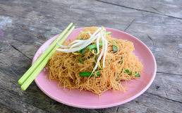 Pad thai with chicken dish Royalty Free Stock Photo