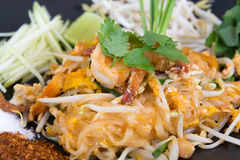 Pad Thai noodle with shrimp Stock Images
