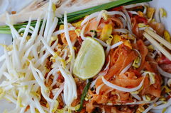 Pad Thai stir-fried rice noodle eat with vegetable Stock Photography