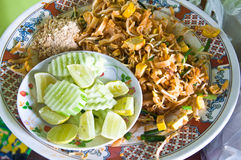 Pad Thai, stir-fried rice noodles Stock Photos