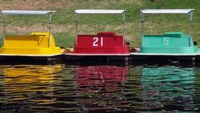 Paddel-Boote lizenzfreie stockfotos
