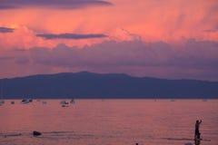 Paddelinternatsschüler auf Lake Tahoe Lizenzfreie Stockfotos