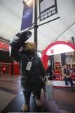 Paddington björnstaty i den Heathrow flygplatsen Royaltyfria Foton