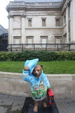 Paddington björnstaty, London Royaltyfria Bilder
