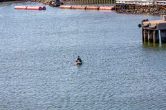 Paddle łódź w schronieniu Zdjęcie Stock